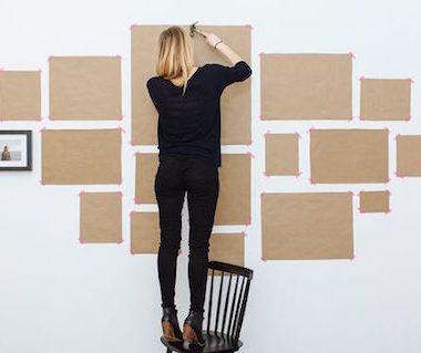 arte di appendere i quadri alle pareti
