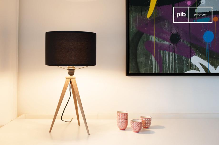Arredare il salotto con i mobili in stile vintage scandinavo lampada treppiede