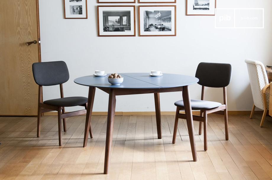 Arredare il salotto con i mobili in stile vintage scandinavo tavolo allungabile sedie