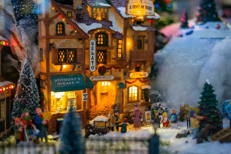 Natale 2017 lo stile tradizionale sempre al top villeggio dickensiano