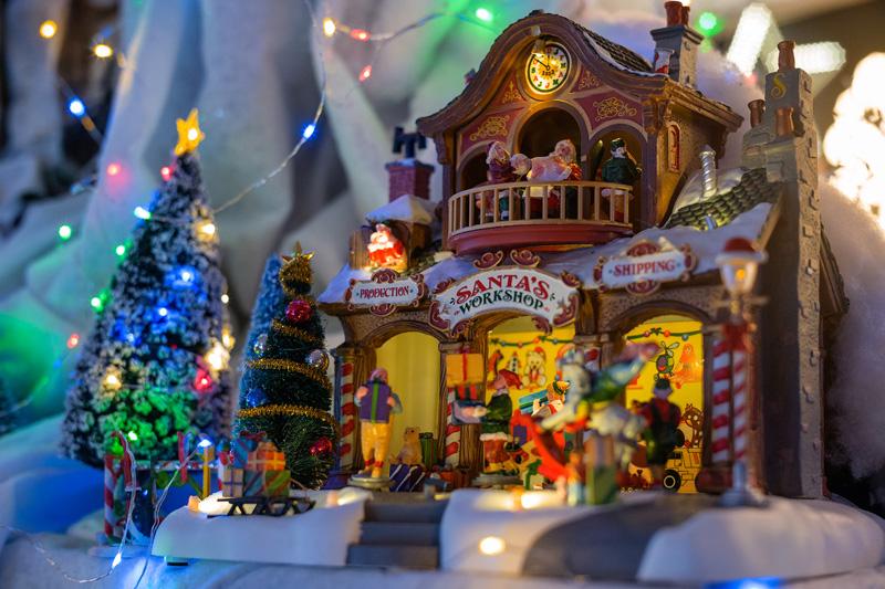 Natale 2017 decorare in stile americano villaggio Lemax