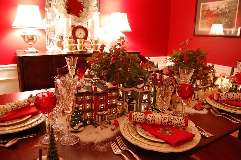 Idee e consigli per preparare una tavola di Natale originale