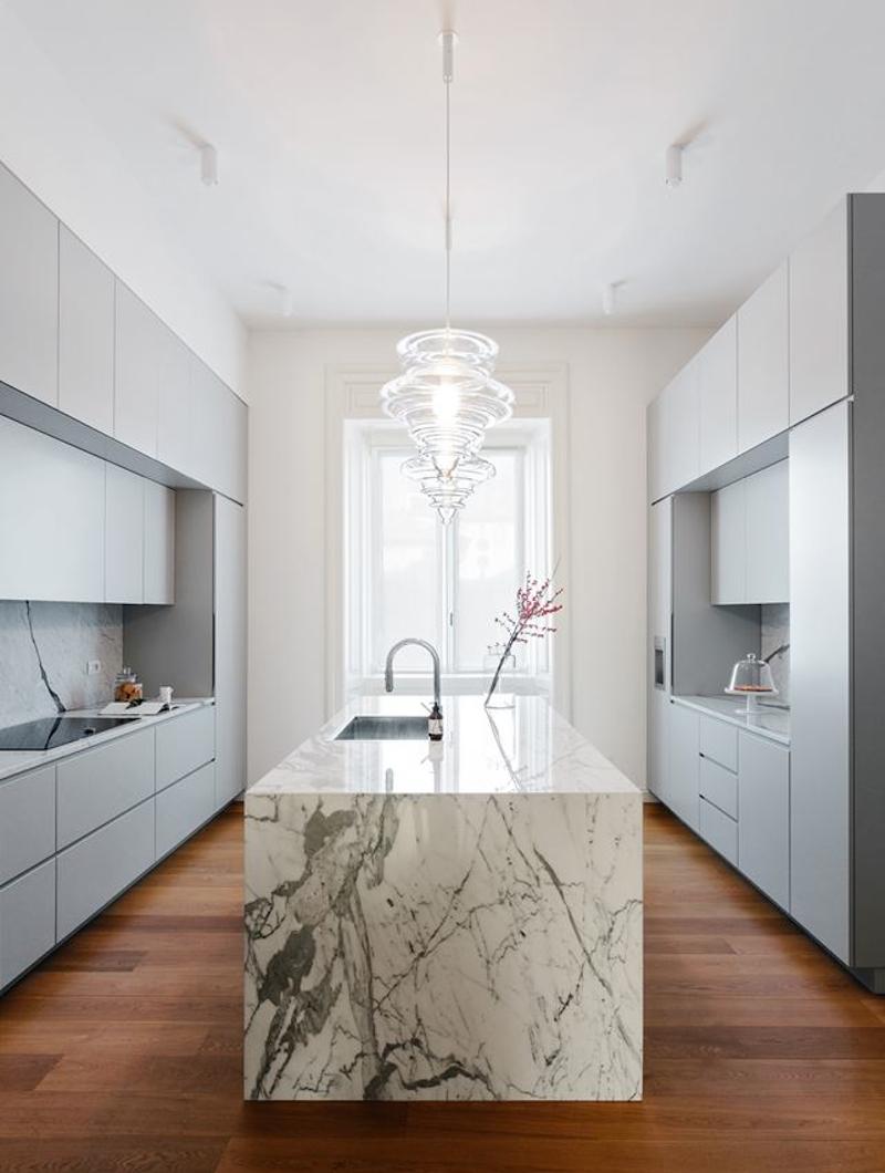 Tendenze arredo 2018 il trionfo del marmo isola in marmo cucina