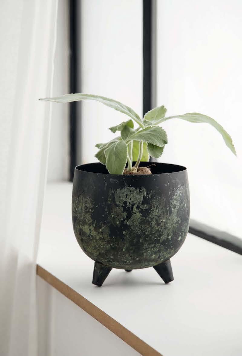 il nuovo catalogo di primavera Sostrene Grene vaso