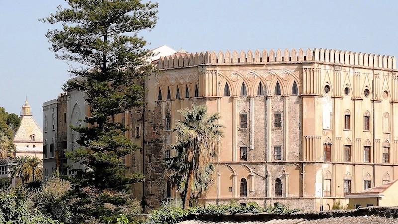 Sicilia architettura normanna Palermo palazzo dei Normanni