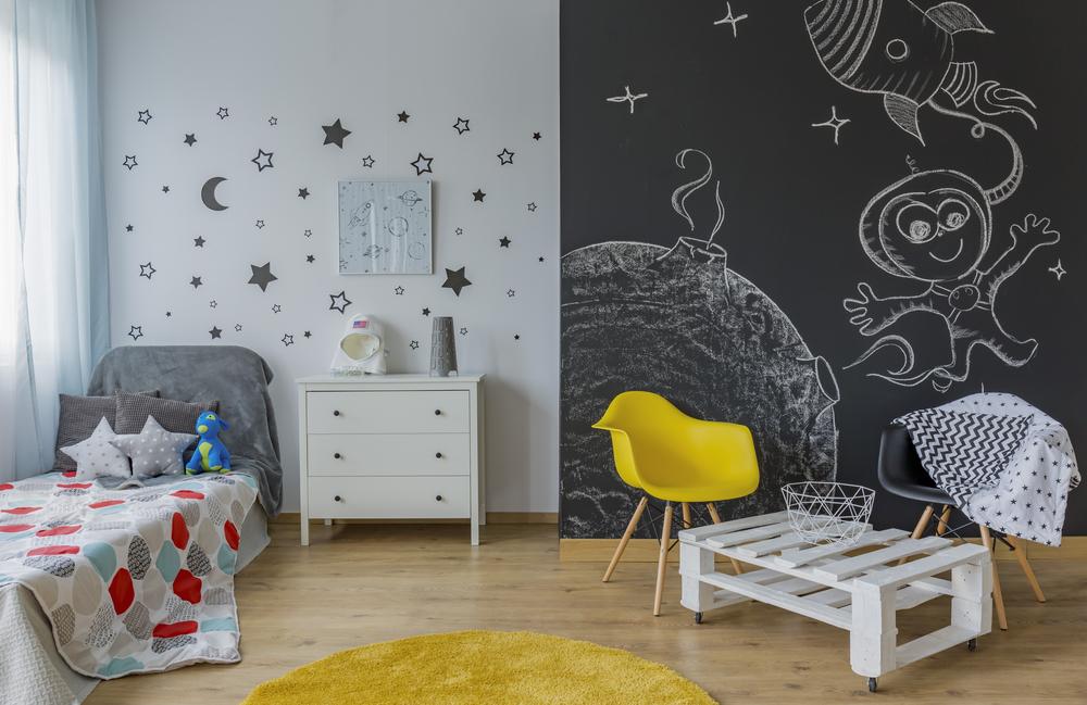 7 Idee per Decorare le Pareti di Casa adesivi da parete