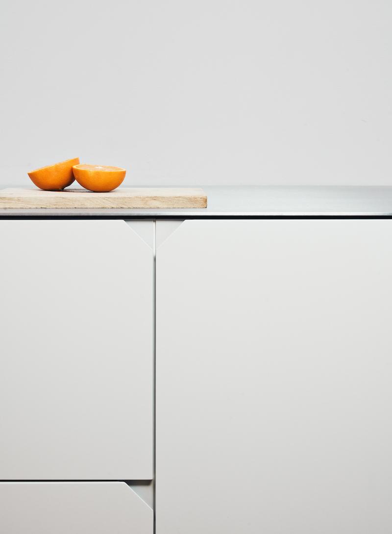 Ikea hack di design la cucina Cecile Manz versione grigia