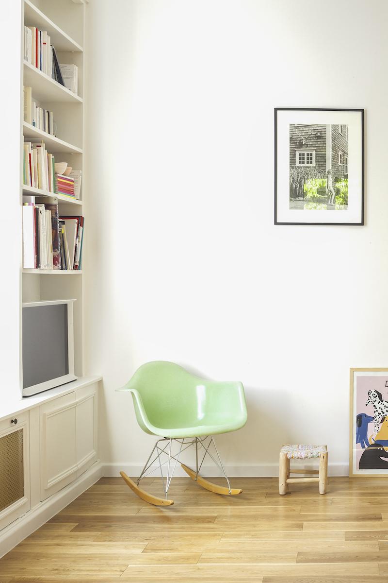 Un appartamento in stile eclettico firmato da Heju soggiorno