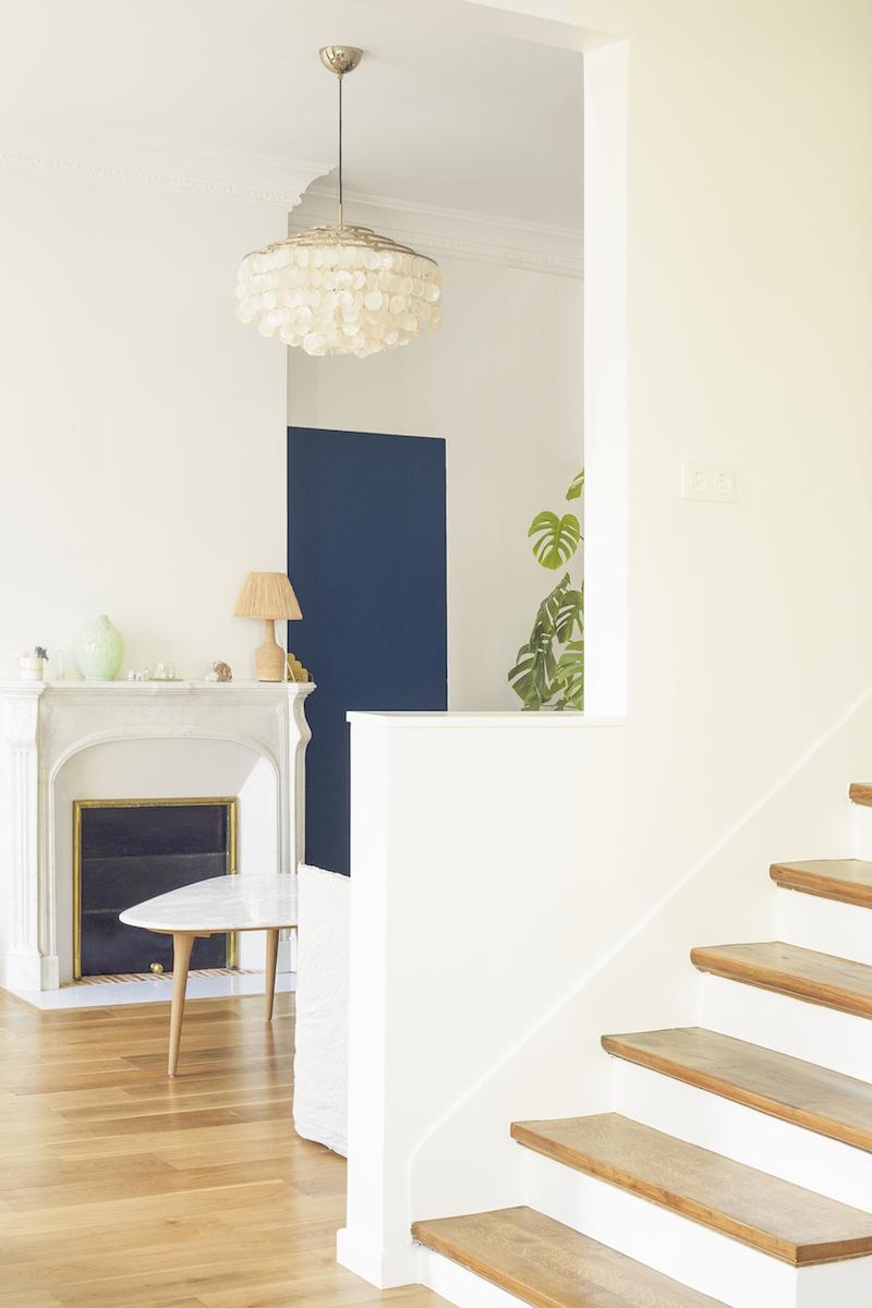 Un appartamento in stile eclettico firmato da Heju scala