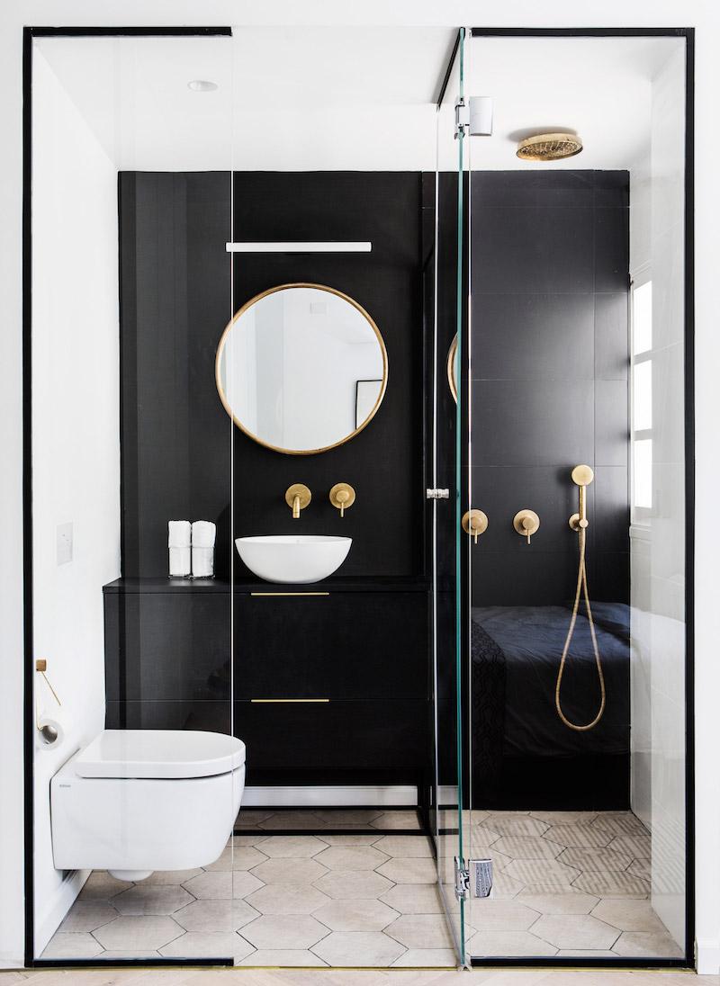 atmosfera rilassante nel tuo bagno rubinetteria ottone