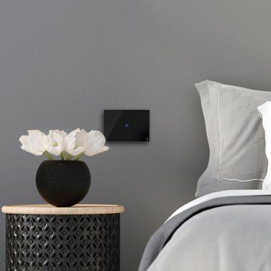 Smart Home: placche e interruttori a sfioramento