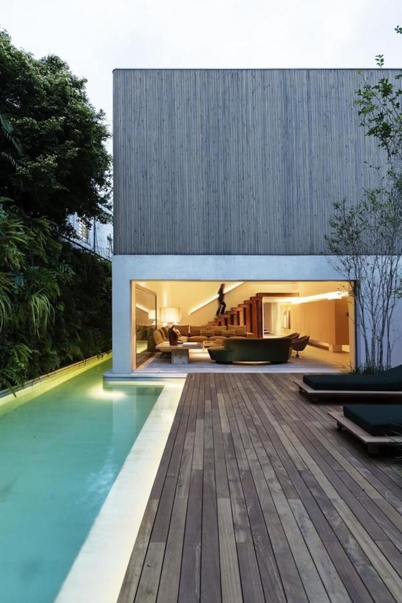 piscine in microcemento con legno