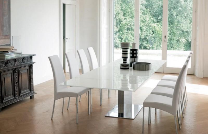 Come scegliere il tavolo giusto per arredare la tua sala da pranzo tavolo allungabile vetro