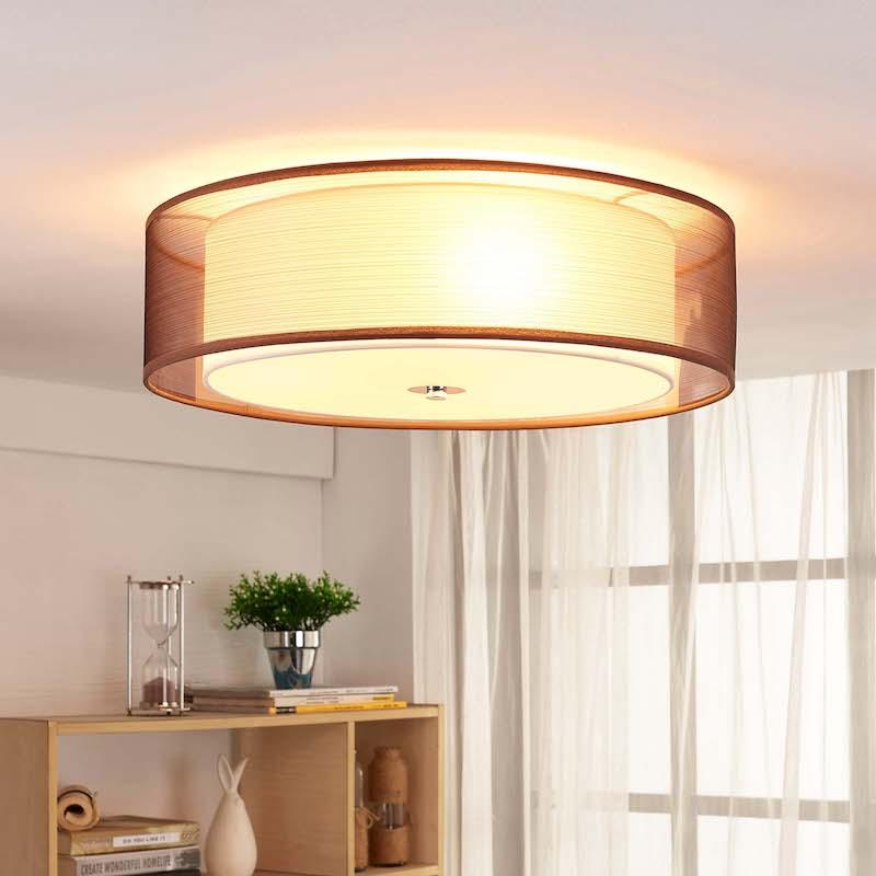 corretta illuminazione per il living lampadario a plafone