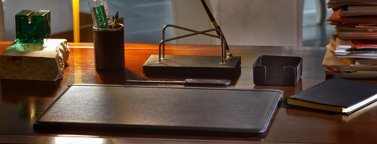 Set da scrivania in pelle un classico intramontabile